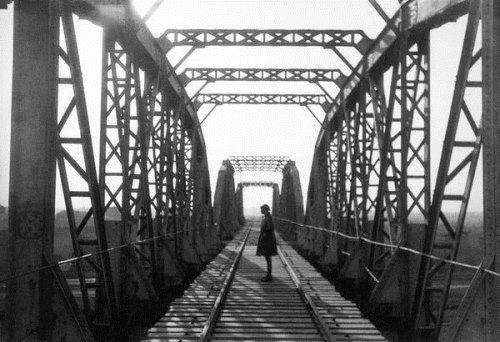 Bridge, 1920s