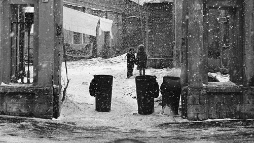 Arbat children. 1960s, Moscow. Photographer Mikhail Dashevsky