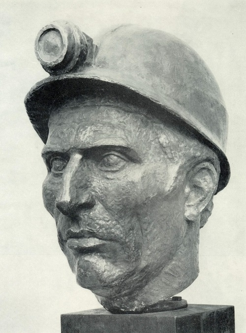 Yu L. Chernov (Moscow). Portrait of a Hero of Socialist Labor, foreman M. Chikh. 1980. Wrought copper, wood