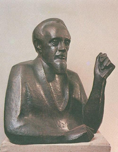 Soviet sculptor Yuri Chernov. Portrait of L.I.Chernov. wrought copper. 1969