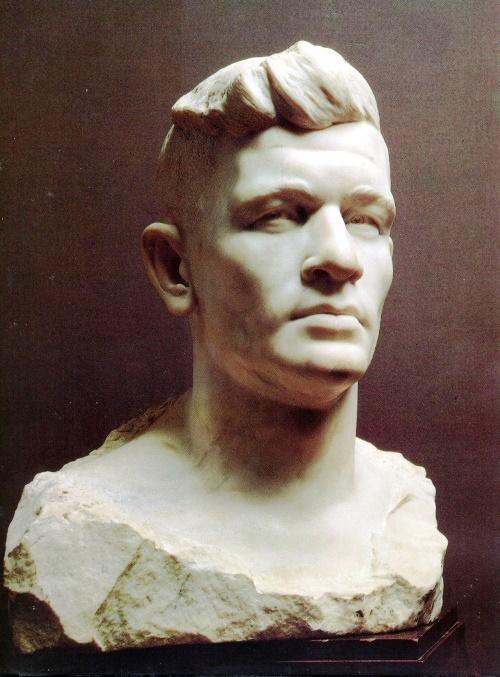 Soviet sculptor Nikolay Tomsky