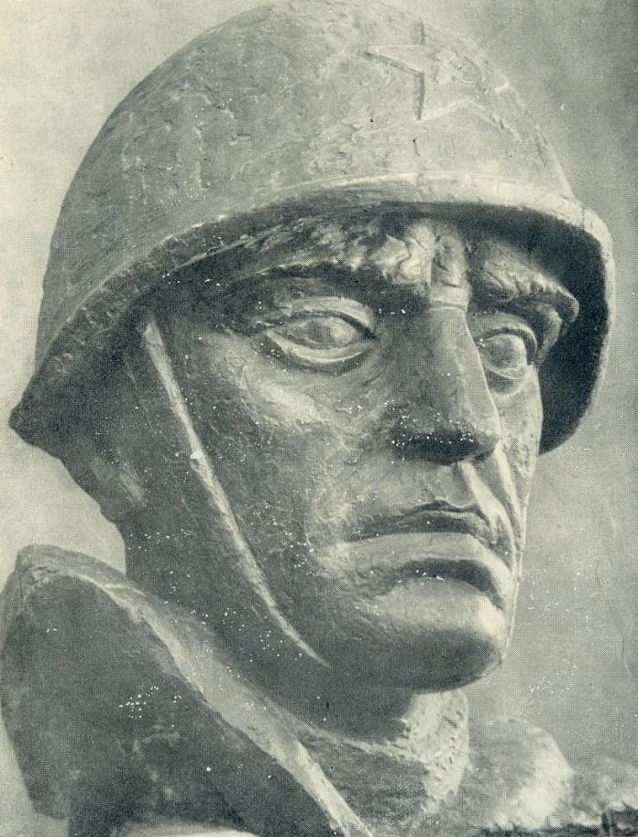 The head of a warrior. Gypsum. 1945-1946