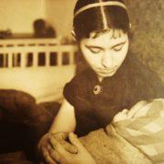Soviet artist Valentina Mikhaylovna Avdysheva (March 29, 1931 - December 27, 1975) with her daughter Lena