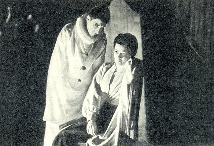 Saiko as Komissarzhevskaya