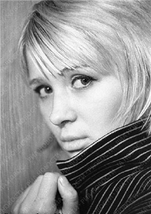 Blonde beauty Galina Polskikh