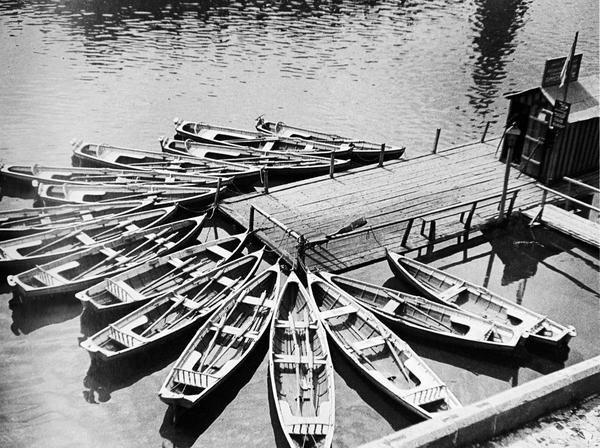 Boats. 1926
