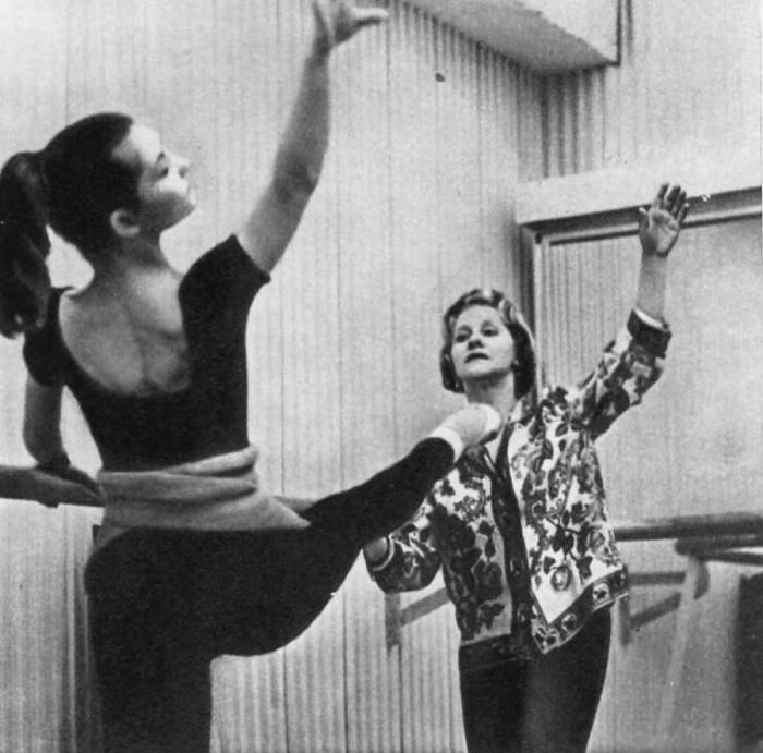 Teaching ballet, Olga Lepeshinskaya in Berlin