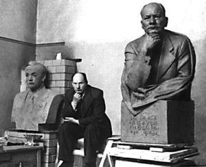 Soviet sculptor Zair Azgur (1908-1995) in his workshop