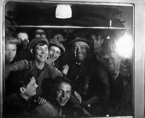 The first passengers - metro builders. 1935