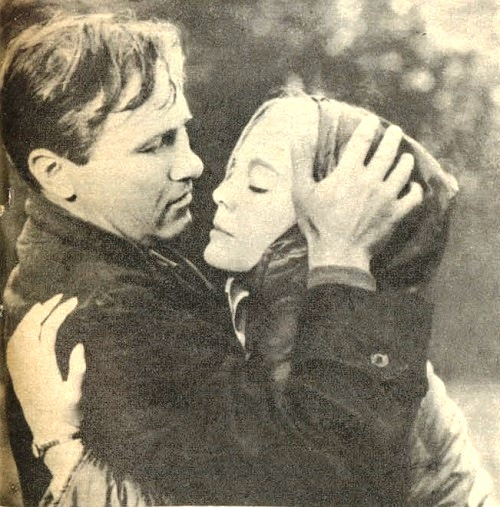 Vasily Shukshin and Natalia Belokhvostikova in the film 'At lake'