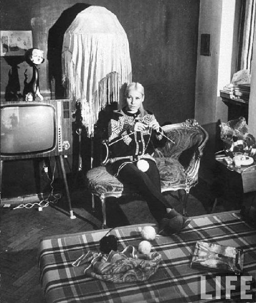 Soviet model Mila Romanovskaya