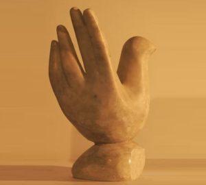 Hand-bird. Stone, 2003
