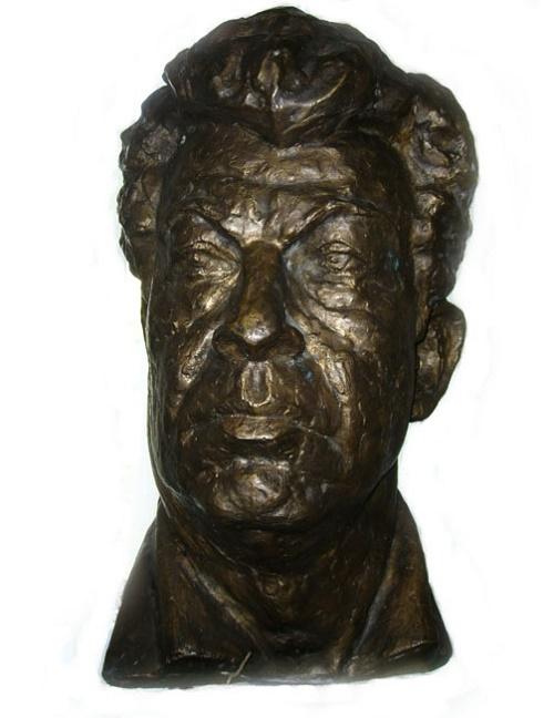 Self-portrait. Bronze. 1998. Soviet sculptor Yuri Chernov