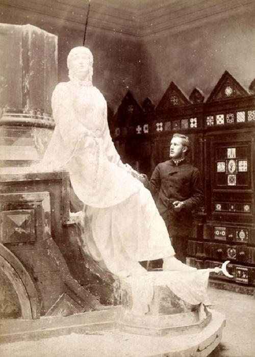 Soviet sculptor Leonid Shervud (28 April 1871 - 23 August 1954)