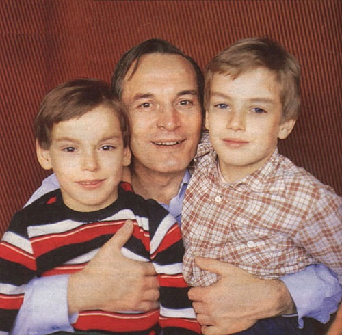 Vasily Lanovoi with his sons