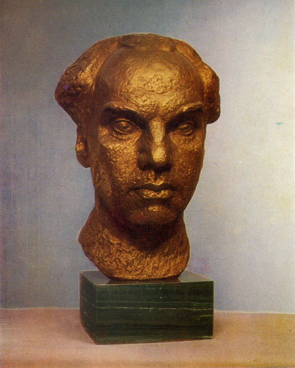 Art critic N.V. Voronov. 1975. Bronze