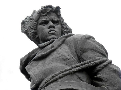 Eaglet monument to Komsomol heroes of the October Revolution and the Civil War. Installed 19 October 1958 in Chelyabinsk