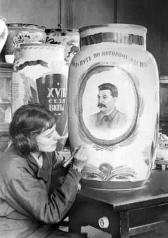 Ceramic artist Anna Yatskevich working on her porcelain to the XVIII congress of Communist party