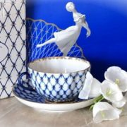 Leningrad porcelain, cobalt net as a trademark