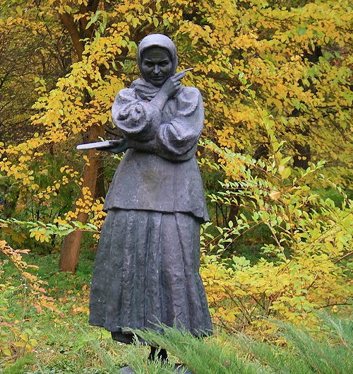 Monument to Yekaterina Belokur in the town of Yahotyn, Ukraine