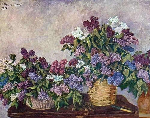 Lilacs in two baskets