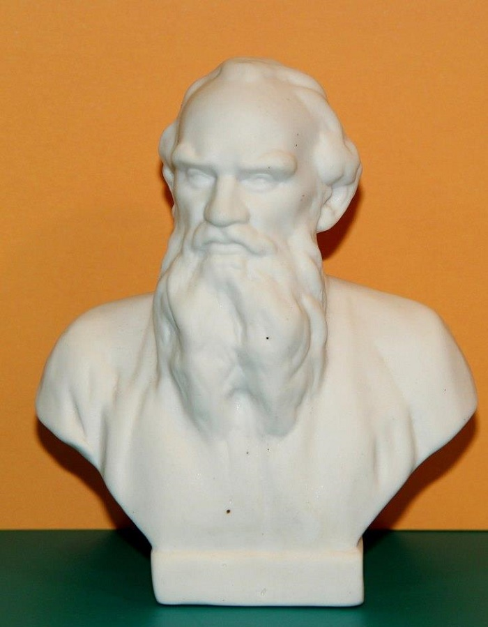 Bust of Leo Tolstoy. Biscuit. USSR, Leningrad porcelain factory, second half of the twentieth century Sculptor - Sychev. (aluminum)