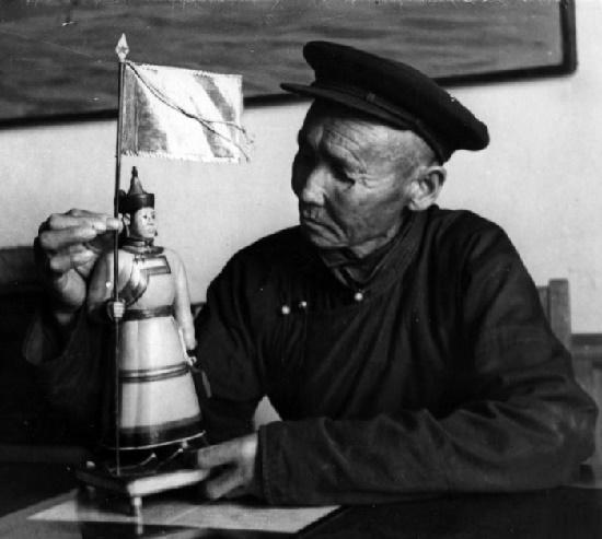Soviet Tuvan folk master Dongak Okaanchik 1896-1972. Photo - tuvaonline.ru