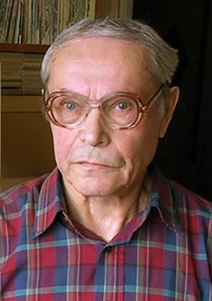 Soviet Russian artist Georgy Ivanovich Popov (born 1939)