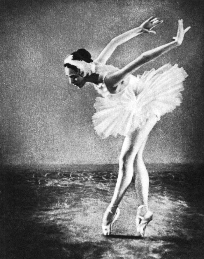 A lesson in acting. 'The dying swan' performed by the graduate of the Leningrad school Galya Mezentseva. The teacher G. Shmyrova