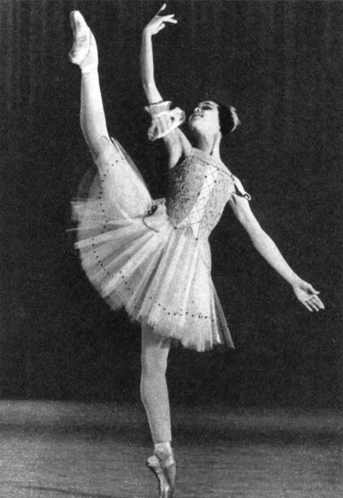 'Futile precaution'. Variation of Lisa is performed by Nadezhda Pavlova, a student of the Perm School, who won the Grand Prix at the II International Ballet Competition