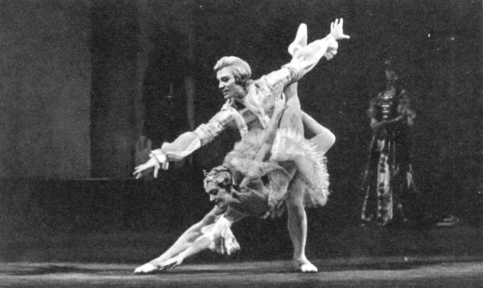 'Sleeping Beauty'. Aurora - E. Maksimova. Prince Desiree - V. Vasiliev