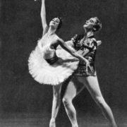 'Swan Lake'. Odette - N. Bessmertnova. Prince - M. Lavrovsky